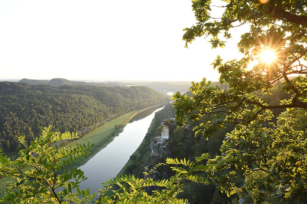 Nationalpark-Saechsische-Schweiz-Elbe.jpg