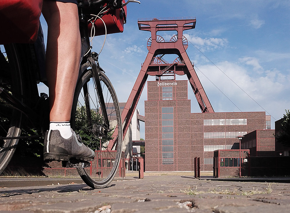 Radtour-Zeche-Zollverein.jpg